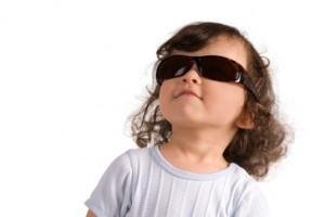 ltos índices de radiación solar, enfermedades de los ojos, daños de las radiaciones ultravioleta (UV), daño en córnea, retinopatía solar, fotoqueratitis, fotoconjuntivitis, cataratas, lentes oscuros con protección contra los rayos UV,