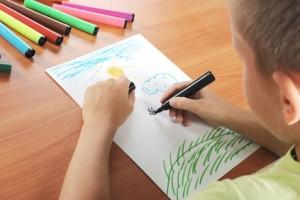 creatividad, arte, aprender a ser creativos, habilidad, niños, juego, ¿Cómo fomentar la creatividad en los niños?, Actividades artísticas, libertad, limites, conductas riesgosas, relaciones interpersonales,