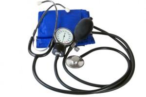 hipertensión, presión arterial, corazón, riñones, cardiologo, diálisis, eritropoyetina, vitamina D, calcio, hiperparatiroidismo, nivel de calcio,fósforo, osteoporosis (descalcificación de huesos),