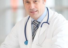 cáncer de ovario, difícil diagnóstico, tratamiento, pérdida de apetito, aumento de volumen en el abdomen, saciedad (o no tener hambre), aumento de peso, sangrado vaginal anormal, síntomas, factores de riesgo,medicamentos biológicos, sintomatología del padecimiento , terapias oncológicas,