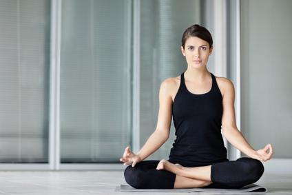 ejercicios de yoga, prevención, yoga, riñones, prevenir que la vejiga no se deteriore, sistema urinario,  órgano flexible, flexibilidad, salud, beneficios a la salud,