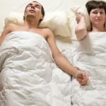 dormir, ronquidos, riesgo de la salud, roncar, obstrucción de las vías respiratorias, problema médico, infecciones virales, ronquido crónico, ronquido continuo, trastorno de sueño,