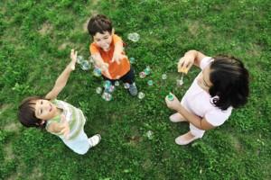 """desarrollo infantil, infantes, estimulación del bebé, estimular estrategias, capacidad de aprender, """"plasticidad cerebral"""", adaptación de los primeros meses de vida, Apgar,"""