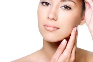 piel, órgano más grande del cuerpo,capa hidrolipídica, piel lubricada, flexible, suave, evitar deshidratación, ¿Cómo debes cuidar tu piel?,tratamiento hidratante, PRODUCTOS PARA HIDRATAR TU PIEL,