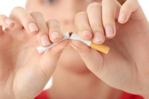 proceso tanto físico, psicológico,dejar de fumar,persona fumadora, terapias alternativas,parche de nicotina,síndrome de abstinencia, bupropión,dependencia al cigarro,