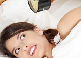 conciliar el sueño es un verdadero martirio, somnolencia excesiva, problemas en la vida familiar,falta de energía, fatiga,Trastornos del sueño, Fase retrasada de sueño,Fase adelantada de sueño,Jet lag,trastornos del movimiento,