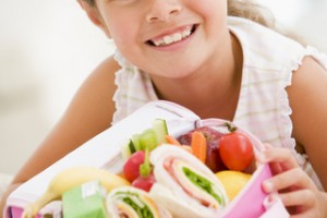 alimentación saludable, regreso a clases, alimentación nutritiva, sobrepeso, obesidad, calidad de vida, lunch , ambiente familiar.