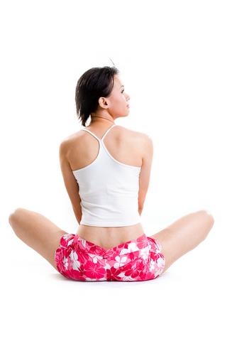 10 tips contra el dolor de espalda, espalda, hábitos, posturas, columna vertebral, posturas en el trabajo,posturas en casa, ejercicios de estiramiento, no cargues objetos pesados, sedentarismo, sobrepeso, obesidad.