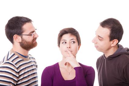 Amor a machetazos; dos hombres pelean por una mujer