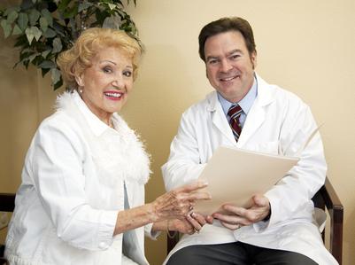 anticuerpomonoclonal, terapia de mantenimiento, Tratamiento de Tumores Digestivos (TTD),terapia biológica,esquemas de tratamiento, combinación de tratamientos,quimioterapia con oxaliplatino,supervivencia global