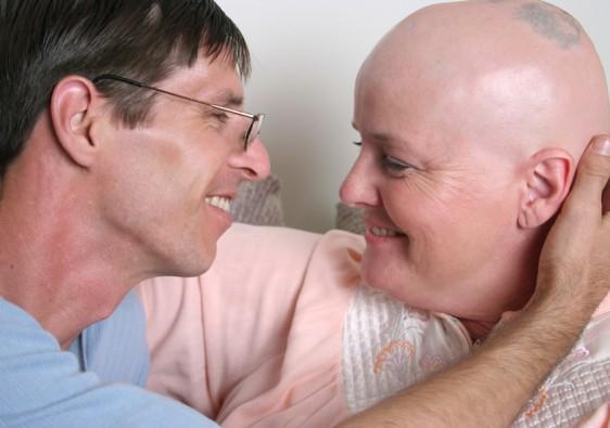 Cómo acercarse, cómo apoyarla, cómo comunicarse con una mujer con cáncer de mama. Se puede, si quieres.