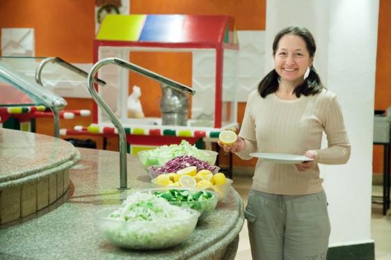 Las isoflavonas son sustancias de origen vegetal a las que se les atribuyen beneficios para equilibrar las hormonas femeninas.