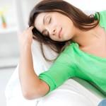 siesta de 45 minutos, reduce estrés, beneficios cardiovasculares, recuperación cardiovascular, factores estresantes , salud cardiovascular, recuperación, protección, riesgo de enfermedades