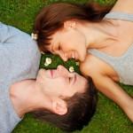 establecimiento de vínculos, vínculos, multiples factores, costumbres, sentimientos, factores bioquímicos, atracción sexual, atracción sexual, atracción físico, sentimientos, actitudes, conductas, relaciones de pareja, factores biológicos, factores emocionales,