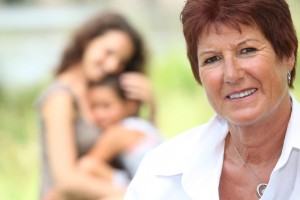 La mujer mayor de 50 años puede padecer osteoporosis