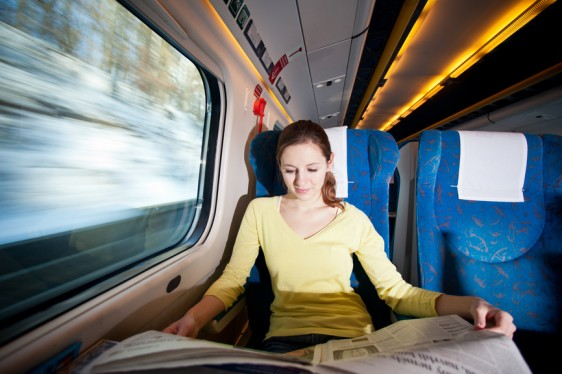 Se recomienda a las personas con esclerosis múltiple que realizan viajes constantemente notifiquen a la aerolínea sobre la necesidad de transportar sus medicamentos a cierta temperatura, cuando se trata de un tratamiento inyectado.