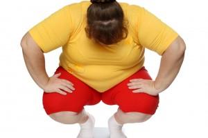 Poco se habla de los inconvenientes que enfrenta el obeso en su vida cotidiana, los cuales pueden ser devastadores, provocándole frustración, hundimiento y tristeza. FOTO: Depositphotos.