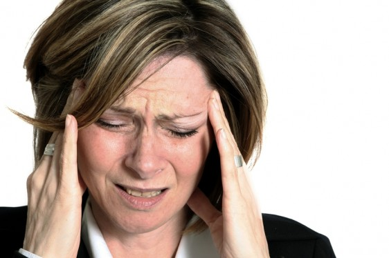 Según una nueva investigación del Hospital Brigham y de Mujeres (BWH), las migrañas no están asociadas con el deterioro cognitivo.