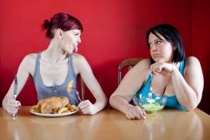 Veinte mujeres por cada tres hombres padecen trastornos de la alimentación, principalmente anorexia y bulimia. Depositphotos