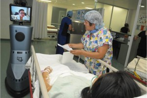 El objetivo central de los robots médicos fue apoyar el área de maternidad para reducir las complicaciones y  la muerte materna, sin embargo, dada la utilidad de los robots, se extendió a otras áreas de la medicina crítica. Foto. SSA.