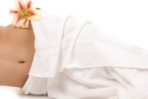 Se ha demostrado que la homeopatía es particularmente eficaz en el tratamiento de padecimientos como el asma, la artritis o el síndrome premenstrual. En el caso de la endometriosis, no elimina los síntomas, sino que intenta restablecer el equilibrio que se pierde en el organismo. Foto: Depositphotos.