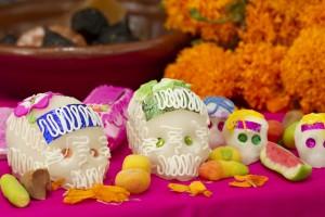 México celebra el día de muertos, pero la muerte es un tema tabú
