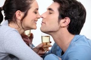 Más allá del matrimonio o la unión libre, hay temas básicos que en cualquiera de los casos tienen que ser platicados en pareja.