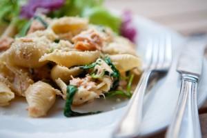 Para una deliciosa comida o cena con familia y amigos prepara de forma muy sencilla y rápida este exquisito platillo