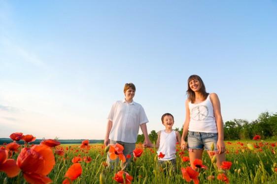 Es importante no perder de vista lo valioso de los momentos de convivencia familiar: dedicar a niñas y niños tiempo de calidad para hablar, jugar y compartir experiencias que fortalezcan los lazos familiares.