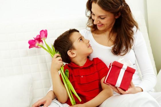 ¿ya sabes cómo festejarás a mamá este 10 de mayo?