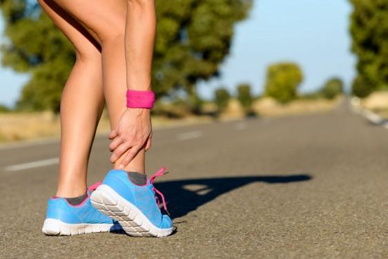Realizar ejercicios de calentamiento y estiramiento ayudan a evitarlas