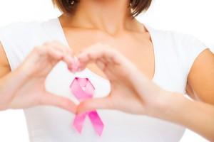 Proponen establecer estrategia de detección de cáncer de mama, a través de unidades médicas móviles