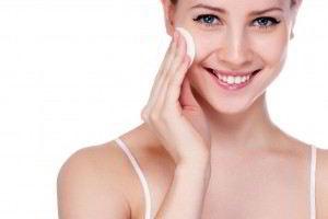 La falta de cuidados de la piel puede ocasionar resequedad, comezón y hasta necrosis.