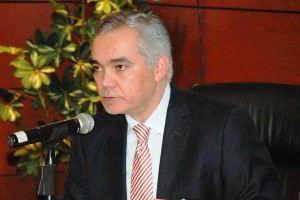 El Comisionado Nacional de Protección Social en Salud, Gabriel  O´Shea Cuevas, afirmó que se fortalecen los servicios médicos en los 30   municipios que conforman la región de tierra caliente, en Michoacán.