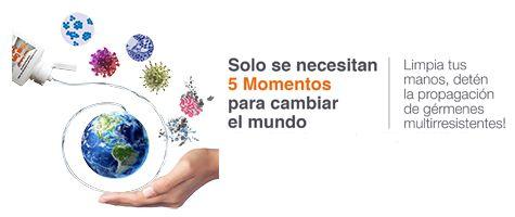 Ilustración de médico limpiandose las manos y texto Solo se necesitan 5 momentos para cambiar al mundo
