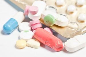 pastillas cortadas a mitad, capsulas dañadas empaques sin pasitllas