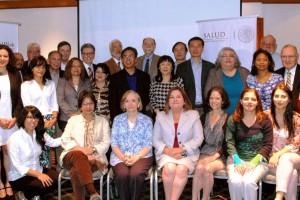 Grupo de personas participantes en el Taller Internacional sobre Apoyo Social para Adultos Mayores
