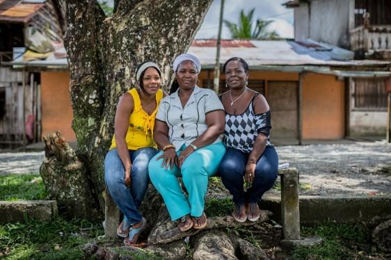 Gloria Amparo, Maritza Asprilla Cruz y Mery Medina
