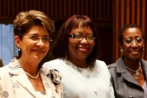 Mercedes Juan, Carissa F. Etienne y Jennie Ward-Robinson