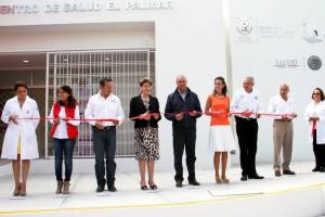José Calzada y Mercedes Juan, en el Centro de Salud El Palmar