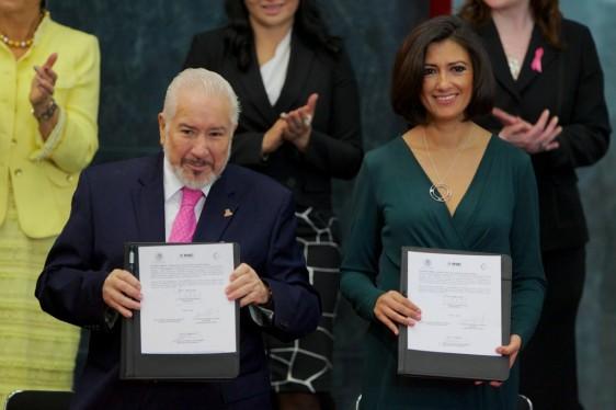 José Alejandro Luna Ramos y Lorena Cruz Sánchez