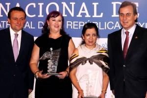 De izquierda a derecha Mikel Arriola, Esther López Bayghen, Atlántida Raya-Rivera y Juan Pablo Castañón Castañón