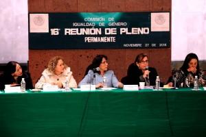 Diputadas de la comisión de igualdad de género sentadas