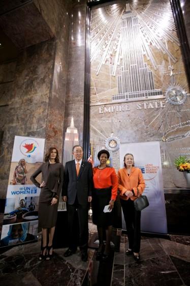 """""""Pinta TU barrio de naranja"""" es parte de la campaña del Secretario General de las Naciones Unidas """"ÚNETE para poner fin a la violencia contra las mujeres"""""""