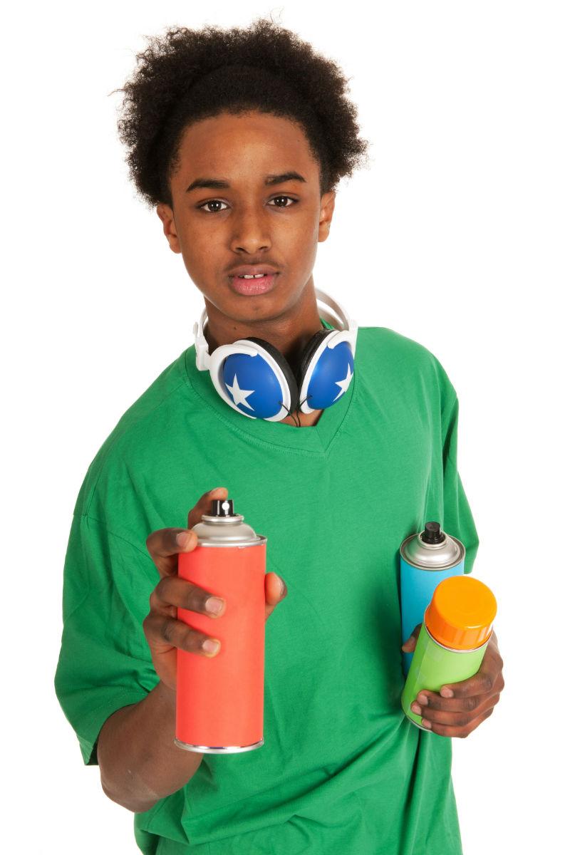 Los inhalables son sustancias tóxicas que se transforman fácilmente en vapor o en gas cuando se exponen al aire.