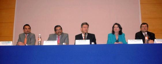 José Alberto Díaz Quiñones, Cuitláhuac Ruiz Matus, Pablo Kuri Morales, Maureen Birmingham y Jean-Marc Gabastou