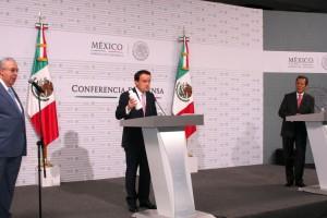 Mikel Arriola en conferencia de prensa