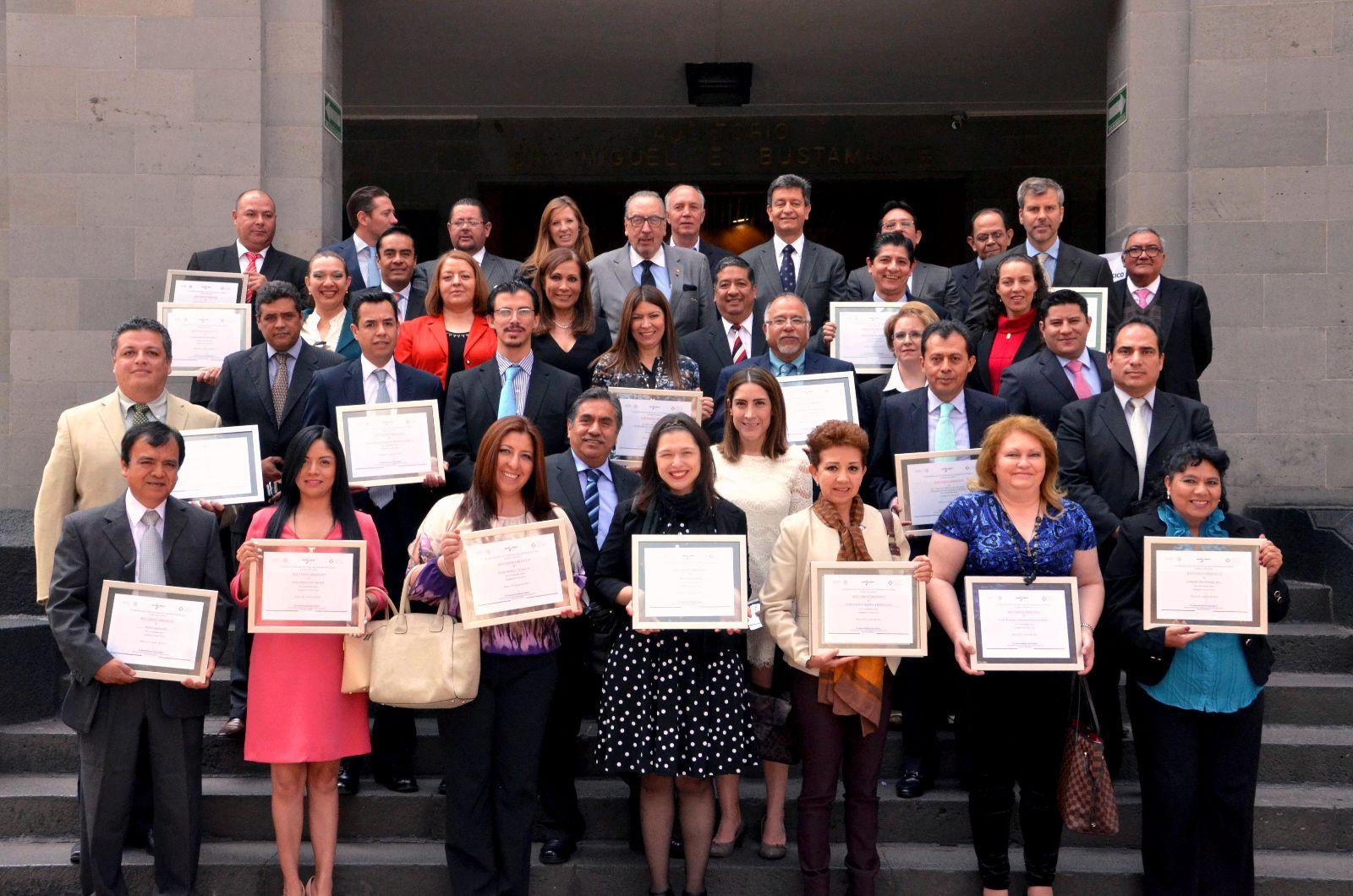 Ganadores del Reconocimientos a Donadores y Empresas Socialmente Responsables 2014