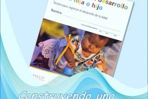 """Ilustración con olas donde navega una tarjeta """"Mejorando el desarrollo de mi hija o hijo"""""""