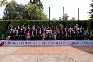 Fotografía de funcionarios asistentes a la X Reunión Ordinaria del Consejo Nacional de Salud